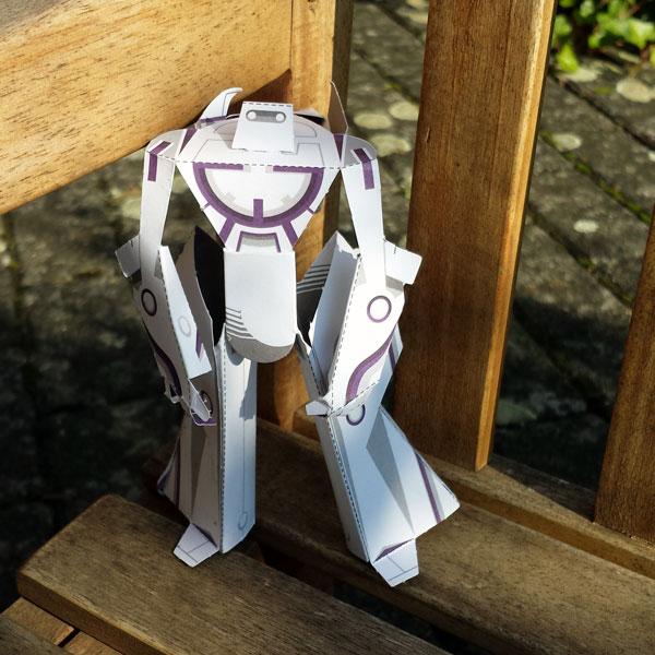 Papertoy-Roboter 3E813 von 3EyedBear