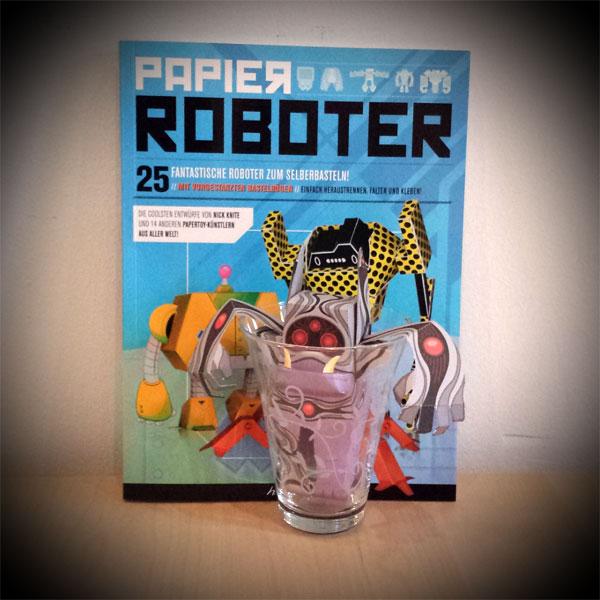 Papertoy-Roboter Reddic von ABZ