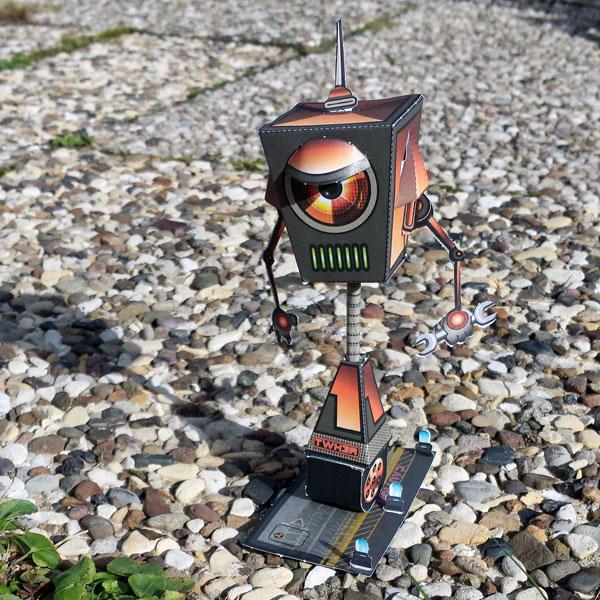Papertoy-Roboter TWK3R von Castleforte